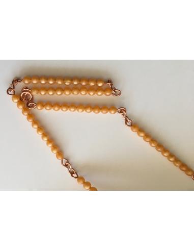 Chaine de 100 perles dorees Montessori numeration cycle 2 3 maternelle classe ecole neuroscience cp 3-6 6-9