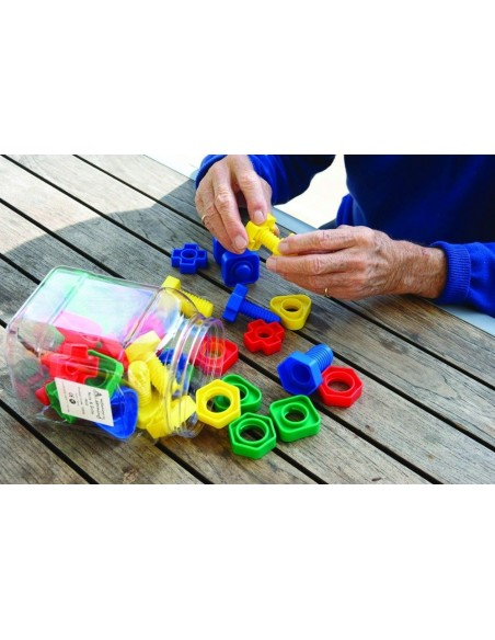 Boulons activite montessori pedagogique visser devisser motricite fine dexterite bebe enfant