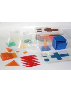 Set de solides pour le remplissage avec développés mathematiques collège materiel patron section formule projecteur primaire lyc