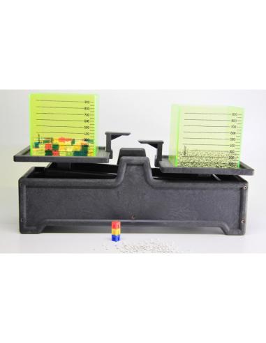 Balance en RE-Wood® jusqu'à 2 kg - 2 cubes de un litre - 100 dés (1 gr) Wissner apprentissage actif {PRODUCT_REFERENCE}  Poids (